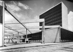 Aduana de Puerto Cabello 1963 Arquitecto Julián Ferris
