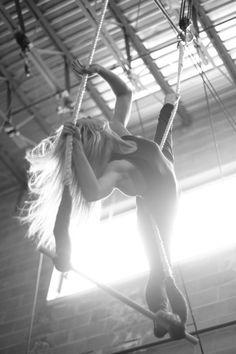 Trapeze. Nice lats.