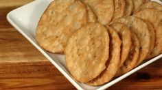 cracker indiani - ai semi di sesamo fritti