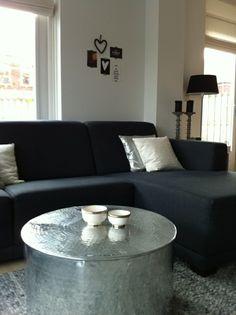 couchtische sofa polsterung beistelltische in silber tassen