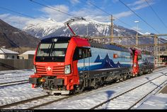 Net Photo: 193 462 SBB 193 at Giubiasco, Switzerland by Georg Trüb Electric Locomotive, Steam Locomotive, Location Map, Photo Location, Swiss Railways, Lucerne, Railroad Tracks, Transportation, Germany