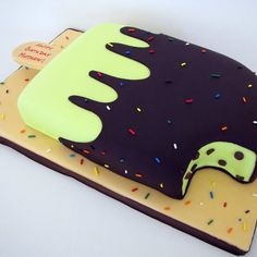 Is this not the coolest cake ever!?