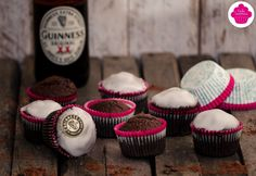 Chocolate Guinness Cupcakes/Muffins - Bataille Food #37 Guinness Cupcakes, Cacao, Muffins, Chocolate, Sweet, Instagram Posts, Desserts, Food, Battle