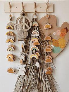 Diy Clay, Clay Crafts, Boho Diy, Air Dry Clay, Ceramic Clay, Diy Wall Art, Clay Creations, Polymer Clay Jewelry, Clay Art