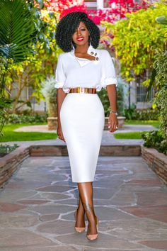 outfits with pencil skirt Pencil Skirt Outfits, High Waisted Pencil Skirt, Dress Outfits, Midi Skirt, Pencil Skirts, Pencil Dress, Denim Skirt, Modest Fashion, Skirt Fashion