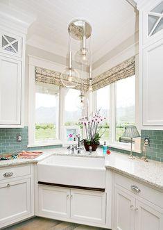 Awesome 65 Modern Farmhouse Kitchen Sink Design Decor Ideas  Https://lovelyving.com/2017/10/02/65 Modern Farmhouse Kitchen Sink  Design Decor Ideas/