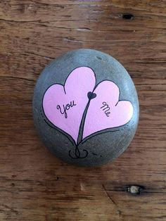 Hand painted valentine heart stones products painted rocks k Rock Painting Patterns, Rock Painting Ideas Easy, Rock Painting Designs, Painting For Kids, Diy Painting, Valentine Crafts, Valentine Heart, Valentines, Stone Crafts