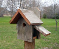 Rustic-Bird-House-Nuthatch-Chickadee-House-Wren-Reclaimed-Wood-Birdhouse