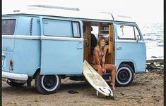 Vw Bus T2, Volkswagen Minibus, Bus Camper, Vw T1, Volkswagen Transporter, Kombi Hippie, Vw Camping, Camping Games, Bus Girl