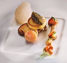 Beef marrow served with caviar, nut butter, mushrooms at Restaurant Sommet. Nut Butter, Caviar, Stuffed Mushrooms, Beef, Restaurant, Breakfast, Food, Gourmet, Kitchens