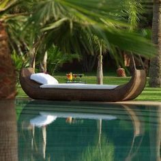 Veja matérias de decoração na Revista Zap Imóveis: http://www.zap.com.br/revista/imoveis/