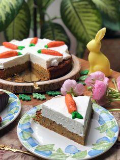 A  Tökéletes Répatorta - Görbe Pali konyhájából egy a sok könnyen, gyorsan elkészíthető Desszertek receptjeink közül. Koronázza meg az étkezést egy isteni fogással! Hozzávalók: alma, sárgarépa, gyömbér, citromlé, Tojás, zabpehely (gluténmentes), zabpehely liszt (gluténmentes), Sütőpor, eritrit, Fahéj, dió, kókuszolaj, krémsajt (zsírszegény), habtejszín (zsírszegény), porított eritrit