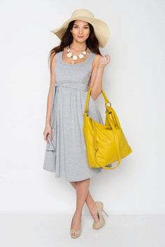 Nursing dress / maternity dress / VERANO basic // light grey.  A beautiful dress for pregnancy, maternity, breastfeeding & everyday use.