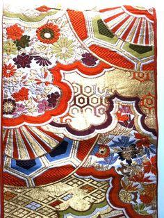 22da4a4d3c5d48ee1096d1df814a054b--japanese-embroidery-japanese-fabric.jpg (570×760)