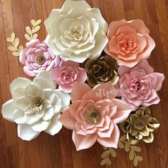 #paperflowers #paperflowerbackdrop #paperflowerwall #floresdepapel #etsy #flowerwall #desserttable #candybuffet #etsy #etsyshop #MadeWithMichaels #catchmyparty #cookiecon #wearecraftcount