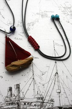 driftwood sailboat necklace