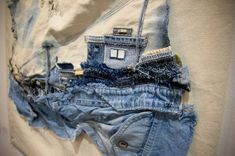 Old jeans to art? Amazing cityscapes created by using denim and only denim. - Choi So-Young In Youngho-Dong Fabric Art, Fabric Crafts, Impression Textile, Denim Art, Creative Textiles, Denim Ideas, Denim Crafts, Textile Fiber Art, Thread Art