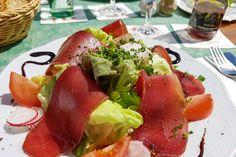Eifeler Bauernschinken auf Salatbouquet  #eifel #kulinarik #spezialitaeten #bauernschinken