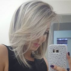 Page you are looking notfound Retro Hairstyles, Loose Hairstyles, Thick Hair Styles Medium, Short Hair Styles, Middle Hair Cut, Grey White Hair, Haircuts For Medium Hair, Stylish Haircuts, Hair Photo