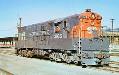 Southern Pacific FM H24-66 Train Master Diesel Electric Locomotive.