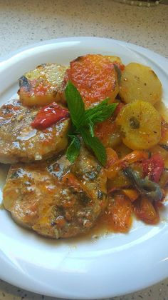 Greek Recipes, Fish And Seafood, Ratatouille, Food Inspiration, Meals, Cooking, Ethnic Recipes, Face, Fish Dishes
