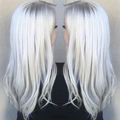 Currently obsessed with this color!!! I've blonde . T18 and t14 wells color charm