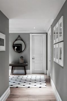 Gray wall + limewash floor
