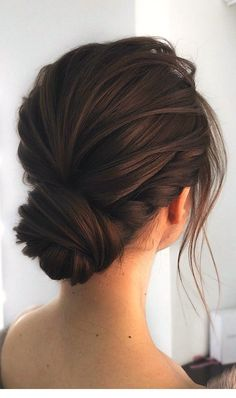 Gorgeous super chic hairstyle thats breathtaking bunhairstyles unique wedding updo hairstyle messy updo bridal hairstyle updo hairstyles wedding hairstyles weddinghair hairstyles updo hairupstyle chignon braids simplebun 17 lazy hair ideas for girls Hair And Beauty, Beauty Tips, Hair Up Styles, Updo Styles, Headband Styles, Hijab Styles, Chic Hairstyles, Hairstyle Ideas, Bridesmaid Updo Hairstyles