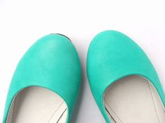 pretty flats - want this color