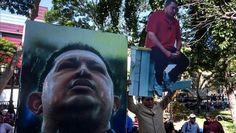 """CARACAS.- La Fuerza Armada Nacional Bolivariana (FANB) expresó este su """"profunda indignación"""" por el """"ultraje"""" de la retirada de los retratos de Simón Bolívar y Hugo Chávez de la sede de la Asamblea Nacional (AN) venezolana ordenada por el presidente del Legislativo, ahora de mayoría opositora, Henry Ramos Allup. """"La FANB en inquebrantable unidad y…"""