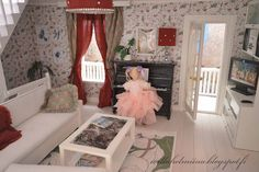 Dollhouse livingroon and bedroom