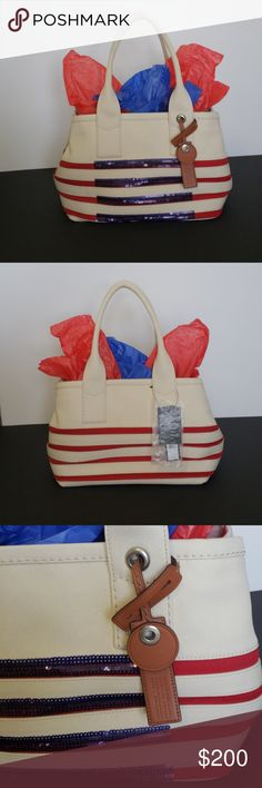 Marc Jacobs beautiful canvas handbag. Marc Jacobs beautiful canvas handbag with a United States Flag design. *****BRAND NEW WITH TAGS***** - NO dustbag included. I'm selling for a friend.  - It has some minor (dirty spots) but it can be cleaned. - BEAUTIFUL STATEMENT HANDBAG!!!!! Marc By Marc Jacobs Bags Shoulder Bags