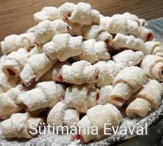 Hókifli, szerintem ez az egyik legfinomabb süti! - Egyszerű Gyors Receptek Krispie Treats, Rice Krispies, Hungarian Recipes, Biscuits, Stuffed Mushrooms, Sweets, Cookies, Baking, Vegetables