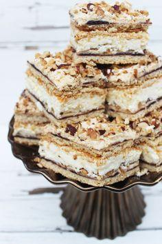Tray Bake Recipes, Sweets Recipes, No Bake Desserts, Baking Recipes, Delicious Desserts, Cake Recipes, Yummy Food, Sweets Cake, Cupcake Cakes