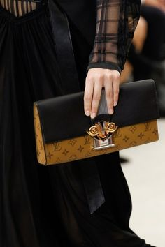 See detail photos from the Louis Vuitton Spring 2017 show at Paris Fashion Week.