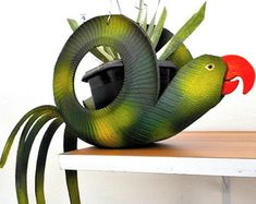 Diy Home Crafts, Diy Home Decor, Tired Animals, Tire Garden, Tire Art, Tire Planters, Tyres Recycle, Old Tires, Outdoor Crafts