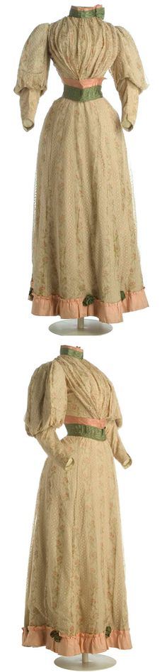 Dress, Aux Quatre Fréres, Bordeaux, France, ca. 1893-97. Silk and cotton. Bodice structured with 12 bones. Museo del Traje