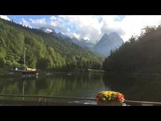 Schleierkraut-Wolken im bayerischen Hochzeitshimmel