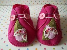 Little Lady Bug Felt Baby Shoes Size 36 months by busybeenursery