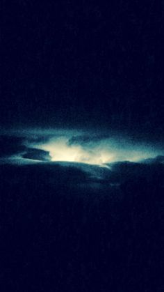 #upinthesky #lightning #darkness