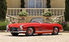 1960 Mercedes-Benz 300SL Roadster.Jens Lucking ©2012 Courtesy of RM Auctions