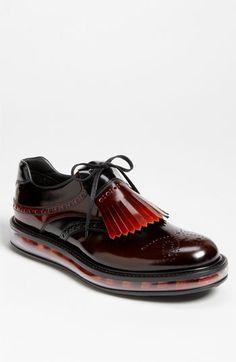 Zapatos de viernes por la noche