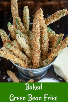 Baked Green Bean Fries are a healthy version of the restaurant appetizer! Crispy, crunchy, and baked to golden perfection, these are the perfect alternative to traditional fries Low Carb Side Dishes, Best Side Dishes, Side Dish Recipes, Healthy Appetizers, Appetizer Recipes, Snack Recipes, Appetizer Ideas, Party Recipes, Sweet Recipes