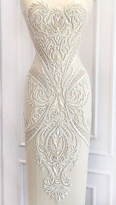 Michael Cinco More Couture Embroidery, Beaded Embroidery, Embroidery Designs, Michael Cinco, Irish Lace, Bridal Lace, Mode Inspiration, Lace Applique, Beautiful Gowns