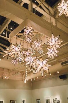 Moravian Stars installation #decor | Photography: Lauren Fair Photography - www.laurenfairphotography.com/