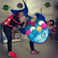 Rainbow fish costume Más