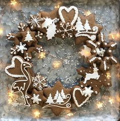 G I N G E R B R E A D // Create Your Own Festive Gingerbread Wreath  I have a variety of Christmas classes running during December including cakes and cookies baking and decorating.   Follow the classes link in my bio to book.  #christmas #christmasworkshop #christmascakeclass #festiveclasses #festivecakeclass #gingerbreaddecorating #gingerbread #christmasdecor #christmaslights #festive #christmasparty #christmasornaments #finecitycakes #finecitybakes #sugarbuttonscakes #sugarbuttonsclasses… Christmas Lights, Christmas Wreaths, Christmas Decorations, Christmas Ornaments, Holiday Decor, Gingerbread Cookies, Gingerbread Houses, Handmade Christmas, Create Your Own