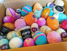With the Easter products going live on the Lush website today I thought I'ld share an Easter order from last year What products will you…