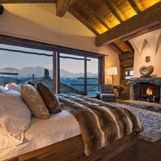 Chalet Trois Couronnes - Beautiful Resort with Spectacular Views, Switzerland
