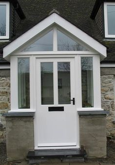 Clearheaded underwent simple porch design Take the Challenge Porch Uk, House Front Porch, Cottage Porch, Front Porch Design, Brick Porch, Porch Windows, Porch Doors, Porch Entry, Porch Designs Uk